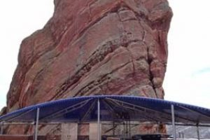 Red-Rocks-blue-canopy-wpcf_281x300