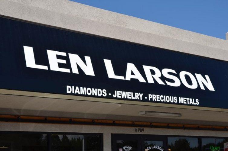 Len Larson pic small